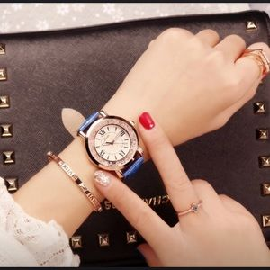 Accessories - Women's blue leather quartz movement watch NWT